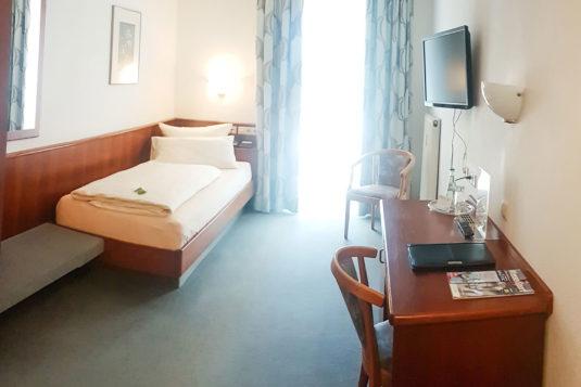 einzelzimmer-hotel-loewe